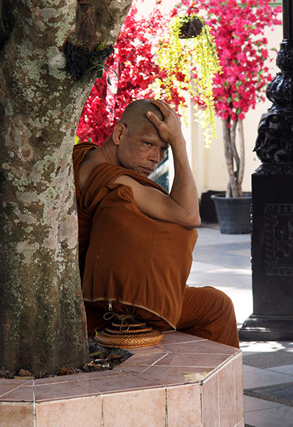 Monje budista, Tailandia. Fotografía: Lucía Cornejo. Texto: Margarita T. Pouso